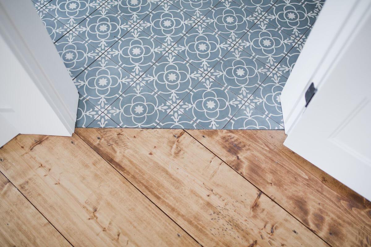 Pro E Contro Del Laminato pavimenti in pvc: modelli, pro e contro, installazione e