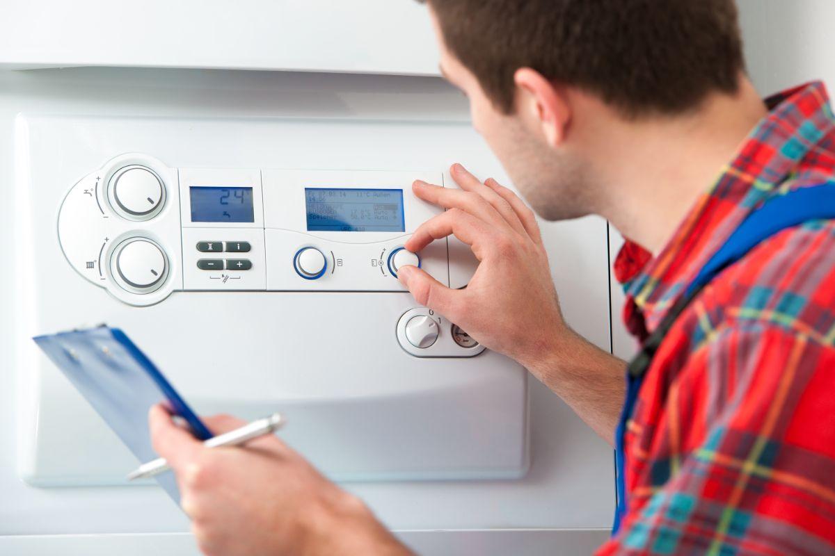 Regole e normative per installare una caldaia
